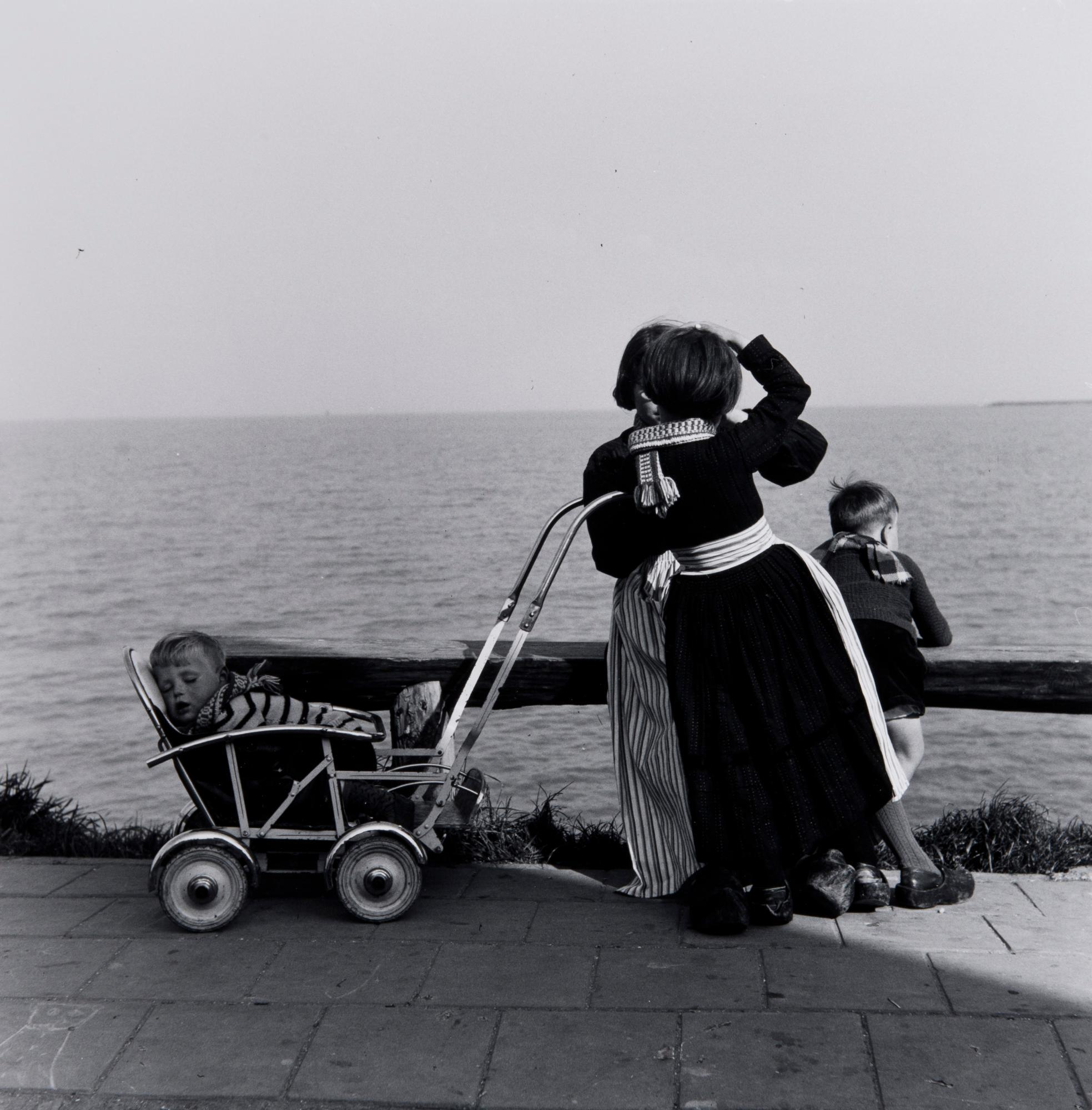 Voddam, Holland (baby in pram)